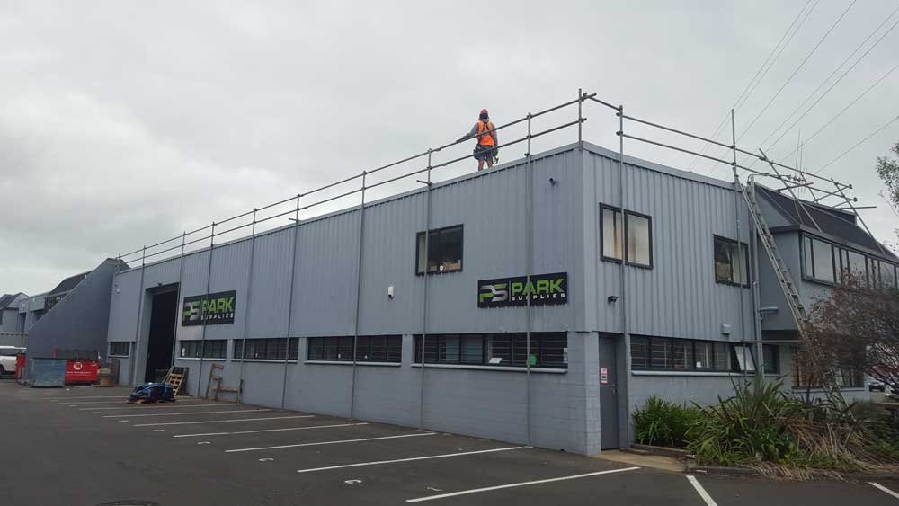 onehunga-roof-edge-protection-scaffold