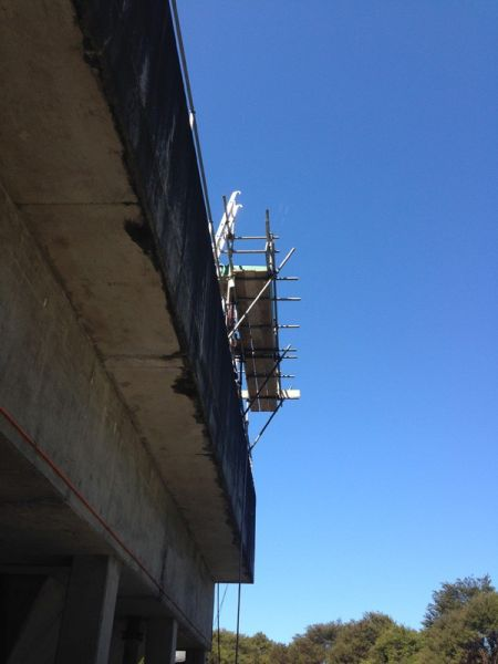 Cantilevered Scaffolding